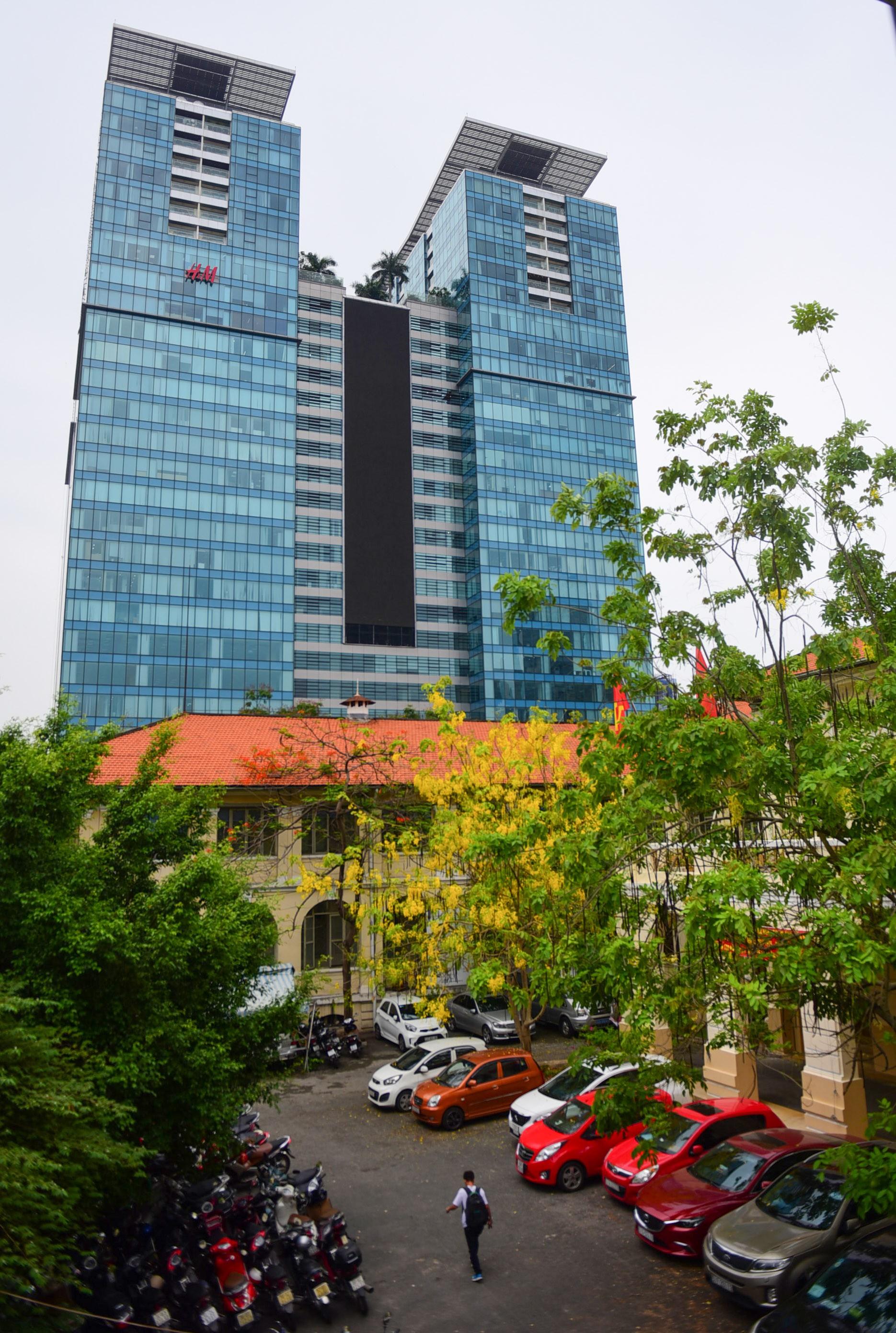 Cận cảnh dinh Thượng Thơ 120 năm tuổi ở Sài Gòn có nguy cơ bị đập bỏ 4