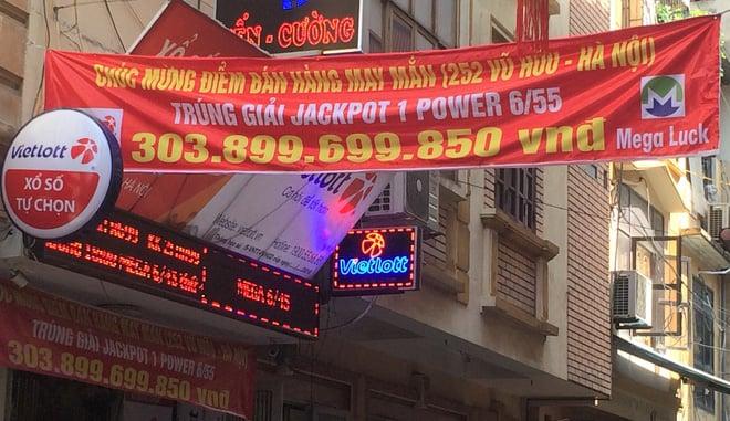 """Chủ đại lý bán tấm vé Vietlott 300 tỷ: 'Người trúng biết tin nhưng chẳng dám quay lại cửa hàng"""" 3"""