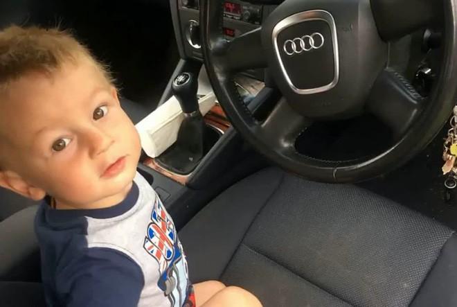 Con trai khóc thét rồi nôn mửa mỗi lần ngồi xe hơi, đến 2 năm sau người mẹ mới phát giác là do nguyên nhân kinh khủng này 2