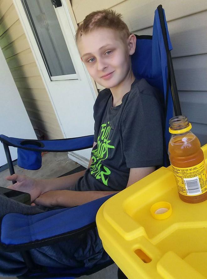 Cậu bé 13 tuổi chết não, không thể qua khỏi bỗng tỉnh dậy sau khi bố mẹ ký vào tờ giấy này 6