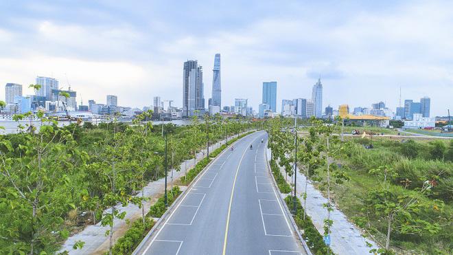 Cận cảnh con đường 'dát kim cương' với chi phí 1.000 tỷ đồng/km của Đại Quang Minh 13