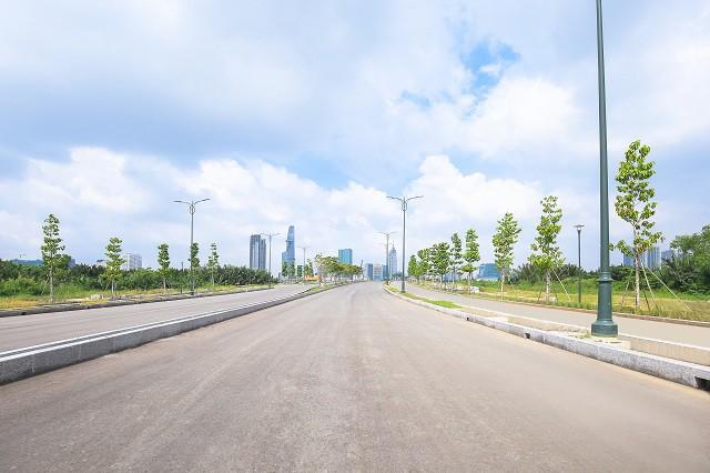 Cận cảnh con đường 'dát kim cương' với chi phí 1.000 tỷ đồng/km của Đại Quang Minh 5