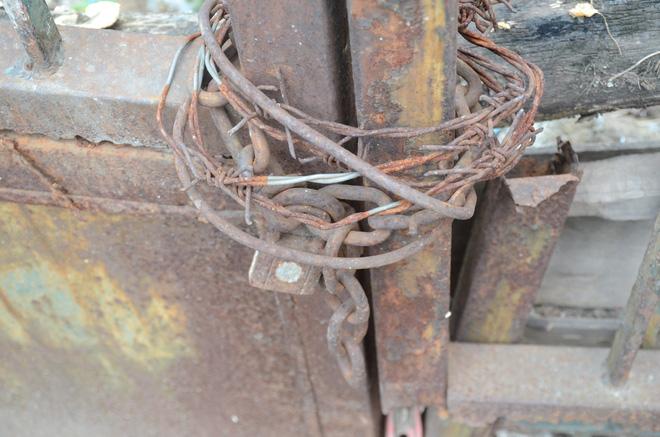 Người bảo vệ canh giữ ngôi nhà 300 Kim Mã bị bỏ hoang suốt 27 năm tiết lộ về thông tin ngôi nhà 'có ma' 6