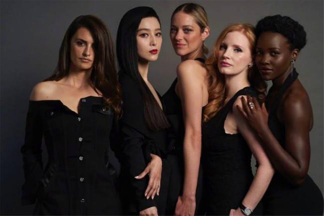 Khoảnh khắc gây sốt: Phạm Băng Băng 'trắng bật tông' so với dàn mỹ nhân quốc tế hạng A tại Cannes 6