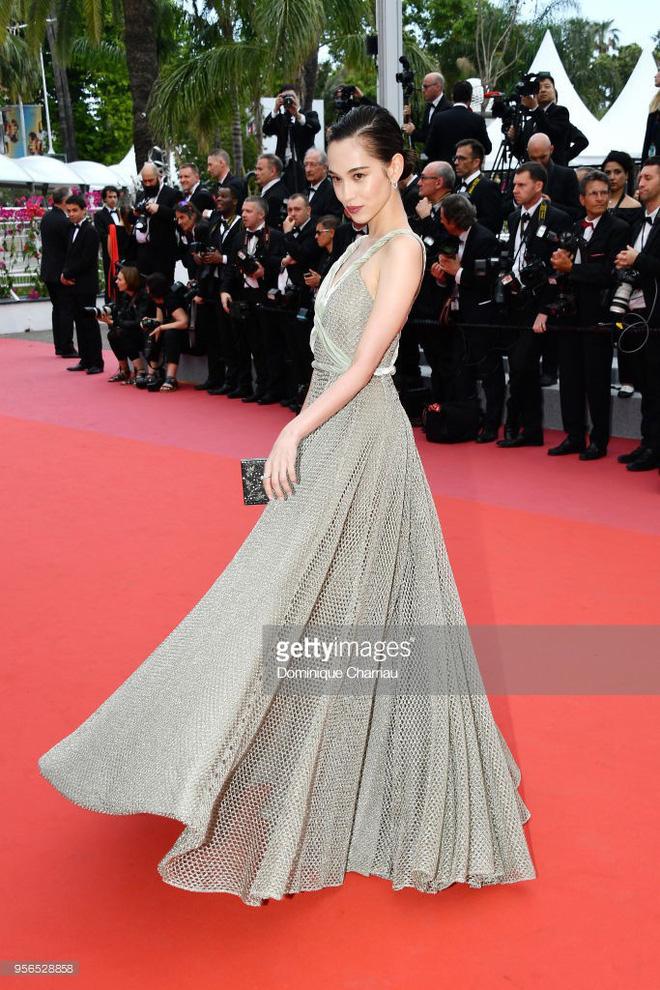 Không phải Phạm Băng Băng, đây mới là mỹ nhân châu Á có những khoảnh khắc 'thần sầu' nhất tại thảm đỏ Cannes 1