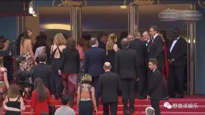 Thảm đỏ Cannes 2018: Mỹ nhân Nhật gây hoang mang với màn tạo dáng 'có 1 không 2' 11