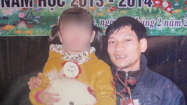 Hình ảnh Mẹ vợ khóc nấc kể lại khoảnh khắc cứu con gái bị chồng vung dao chém dã man số 2