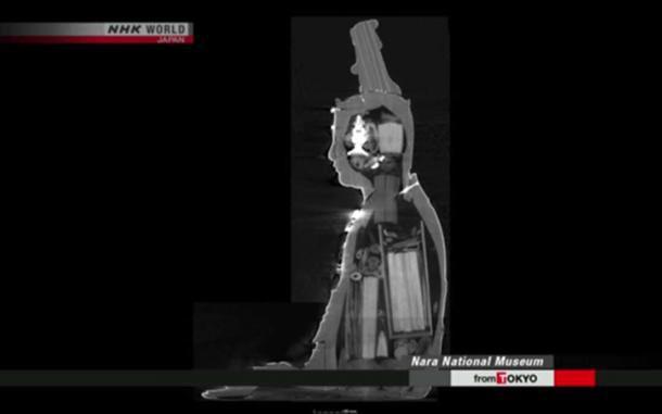 Phát hiện 'kho báu' trong tượng Phật cổ ở Nhật Bản 2