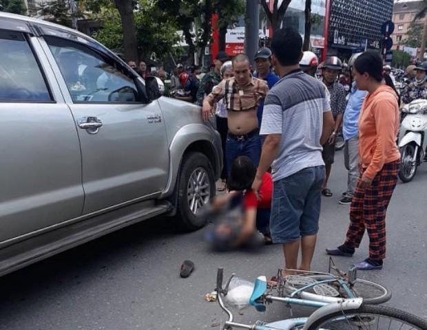 Thông tin mới nhất vụ tài xế giận vợ lùi xe đâm tử vong một cụ già 1