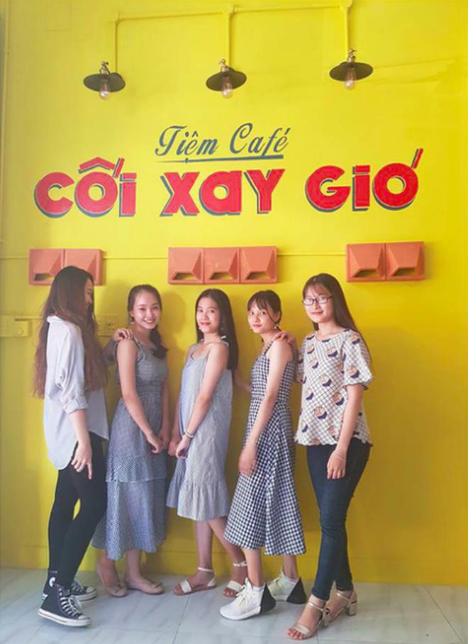 Nữ chủ quán cafe Cối Xay Gió ở Đà Nẵng lên tiếng sau khi bị chỉ trích và nhận hàng loạt review 1 sao: 'Mình không đạo ý tưởng' 1