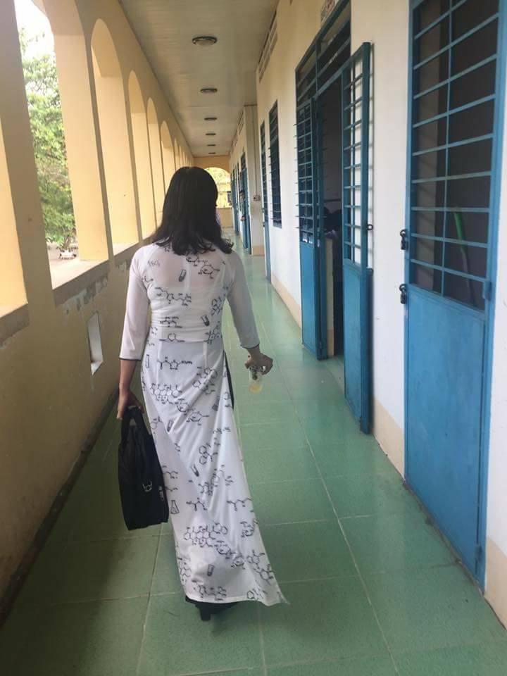 Các thầy cô khoe ảnh nhìn quần áo đoán bộ môn khiến học sinh và dân mạng phát sốt vì quá chất - Ảnh 5.