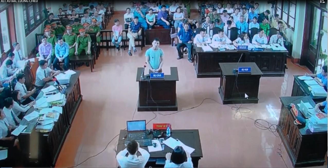 Phiên xử bác sĩ Hoàng Công Lương: