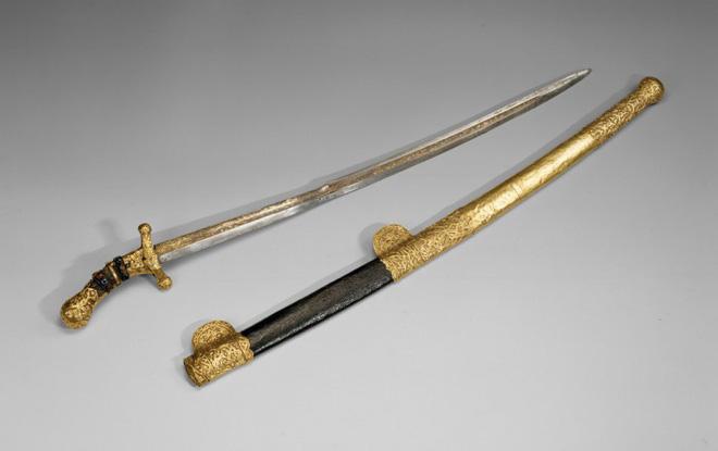 Mười thanh kiếm bí ẩn nhất trong lịch sử, riêng cái cuối dài gần 4m, nặng 15kg 3