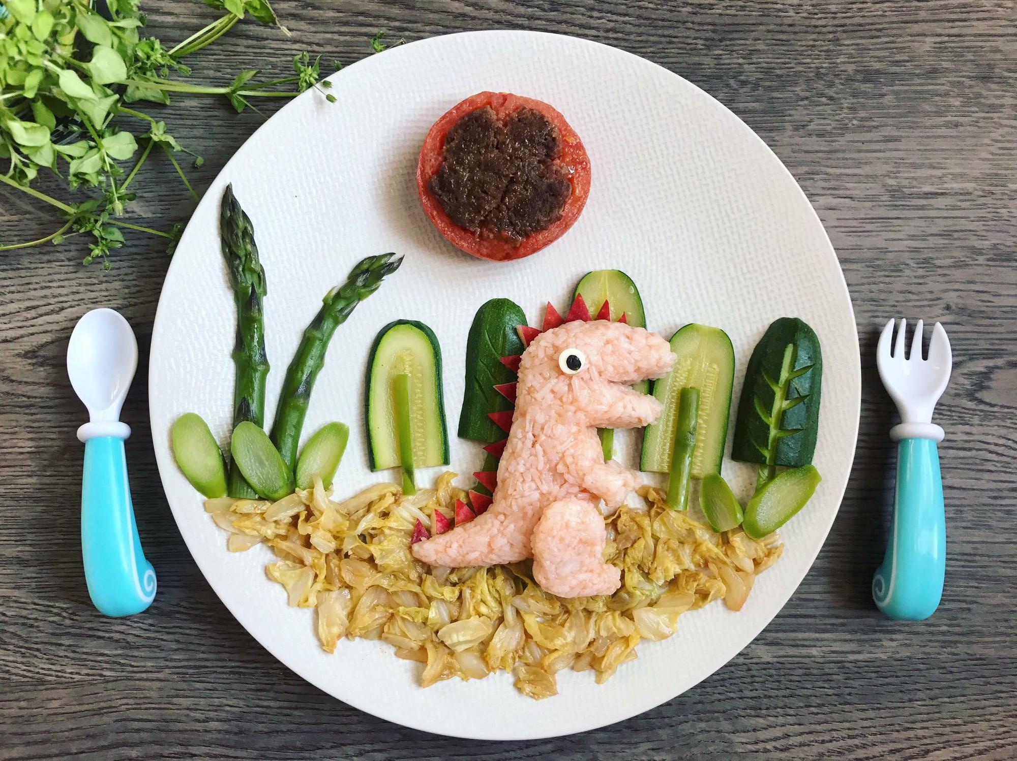 Chùm ảnh: Bà mẹ trẻ mỗi ngày vẽ một bức tranh bằng thức ăn cho con, không ngày nào bị lặp ý tưởng mới tài - Ảnh 24.