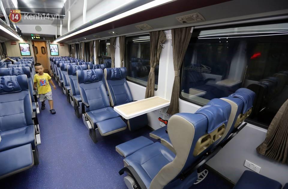 Đường sắt Việt Nam tăng chuyến, thay đổi giờ tàu và thêm một đôi tàu phục vụ suất ăn miễn phí 6