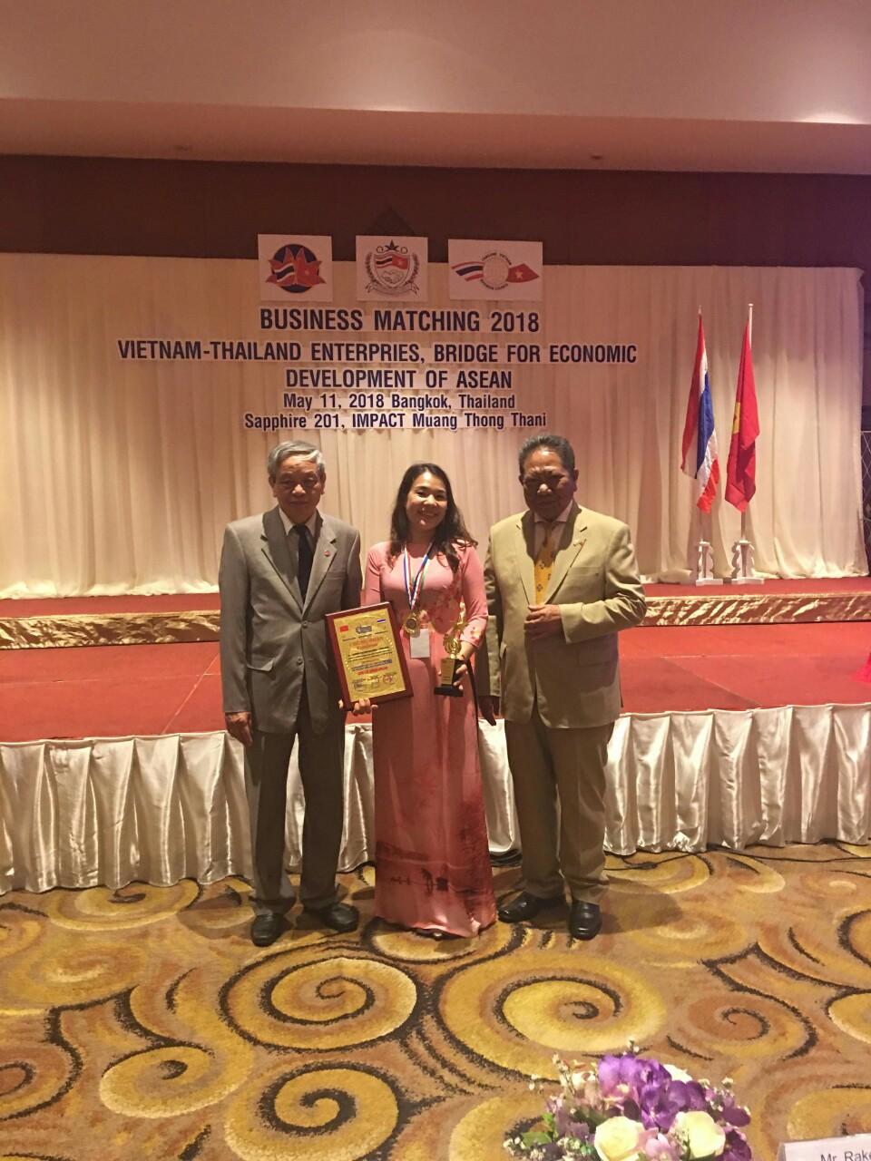 """Hội Nghị Thượng Đỉnh Kinh Tế Quốc Tế 2018: """"Cầu nối phát triển kinh tế ASEAN"""" 3"""
