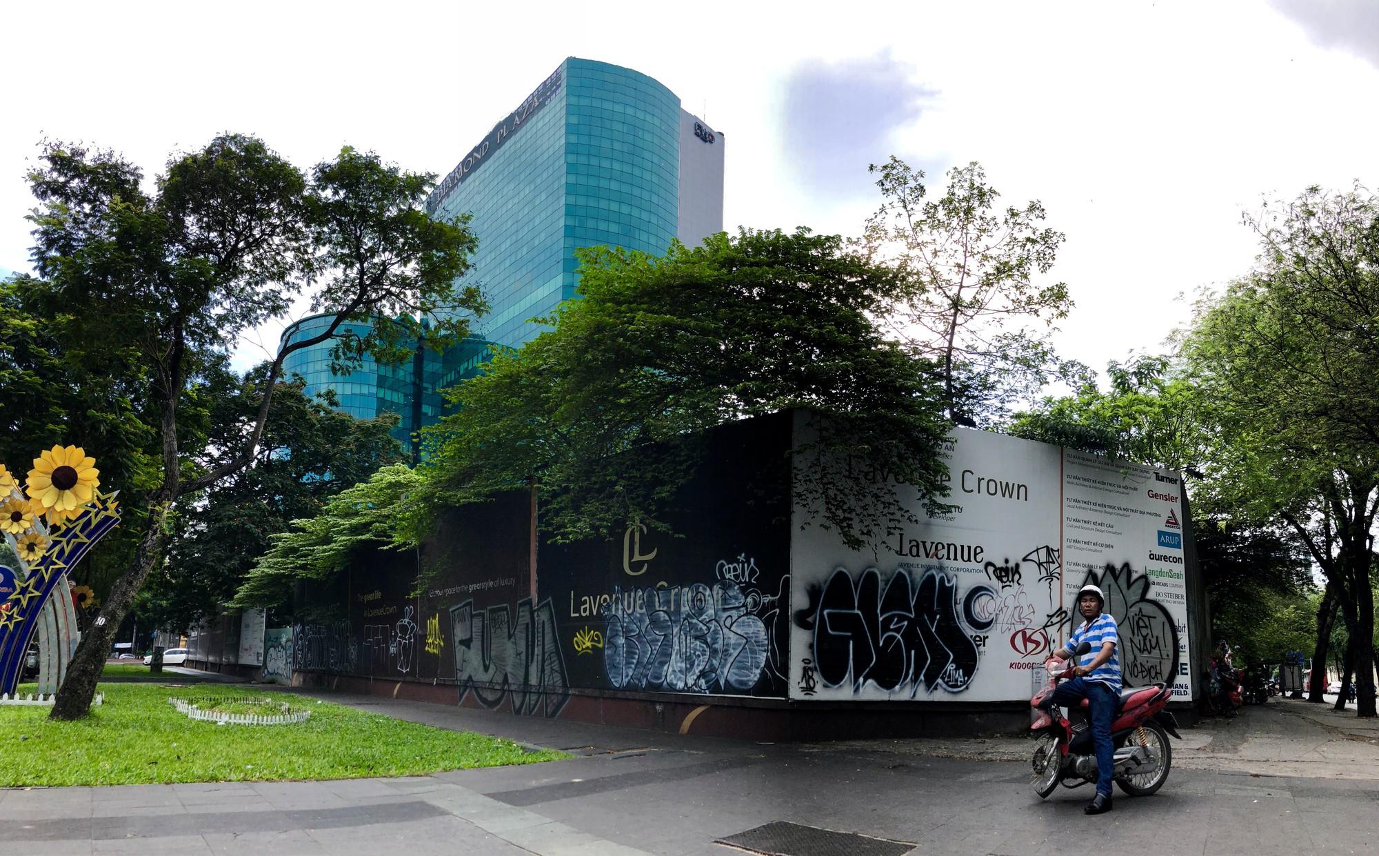 Cận cảnh khu đất vàng 5.000 m2 giữa Sài Gòn được cựu phó chủ tịch Nguyễn Thành Tài cho thuê giá rẻ - Ảnh 1.