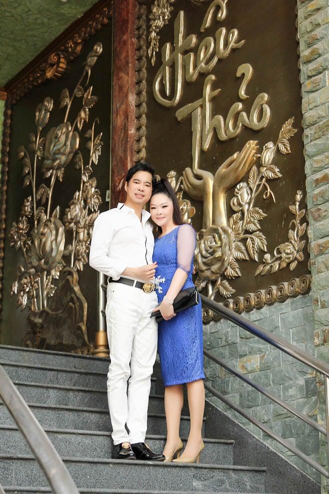 Hình ảnh Ngọc Sơn mời Như Quỳnh ghé thăm biệt thự 100 tỷ đồng số 2