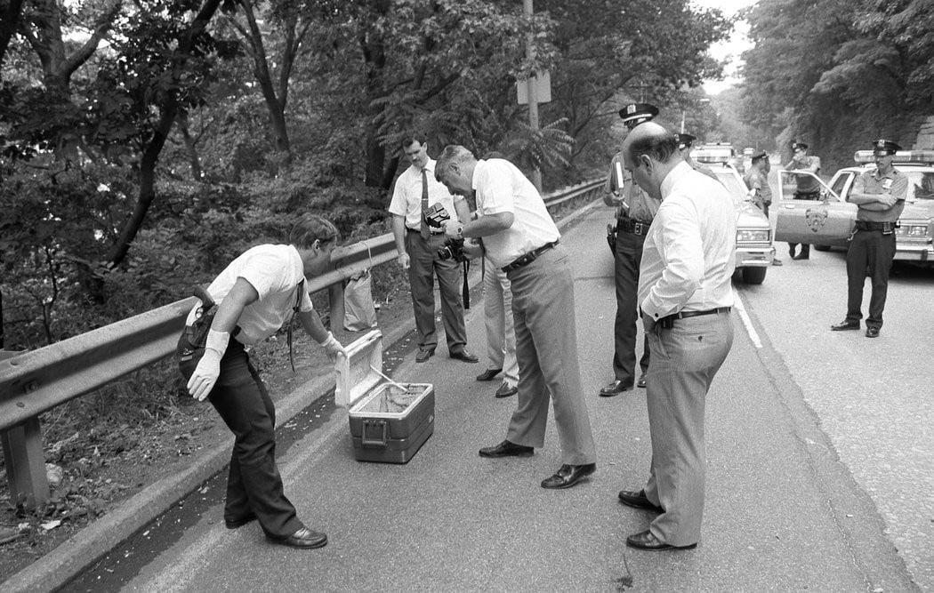 Đang thi công đường cao tốc, người công nhân hét lên thất thanh khi phát hiện một chiếc hộp, mở ra vụ án mạng kỳ bí kéo dài suốt 22 năm 1