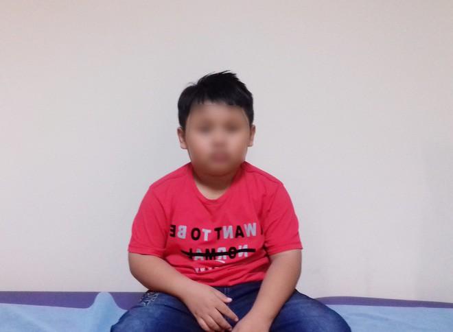 Bé trai 9 tuổi đang ngủ bị 'vật thể lạ' chui vào tai suýt thủng màng nhĩ 1