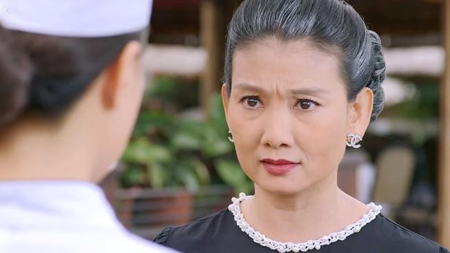Bà Lan cay nghiệt phim