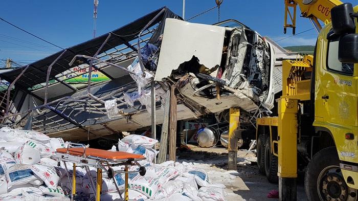 Hình ảnh Thông tin mới nhất vụ tai nạn thảm khốc khiến 5 người chết ở Lâm Đồng số 1