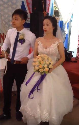 Hình ảnh Thực hư đám cưới chú rể kém cô dâu 17  tuổi ở Hưng Yên xôn xao MXH số 1