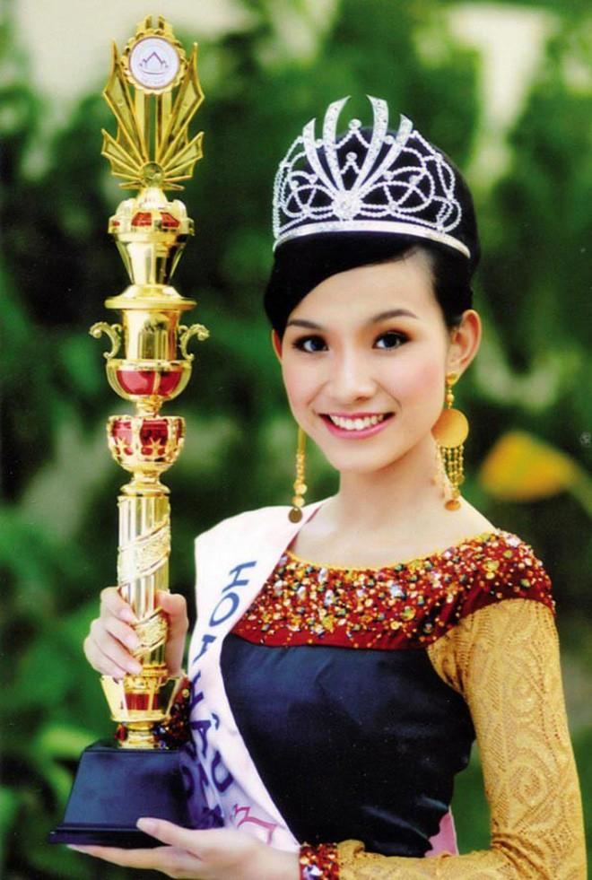 Nhan sắc và cuộc sống kín tiếng của Hoa hậu Hoàn vũ Việt Nam đầu tiên sau 10 năm đăng quang 1