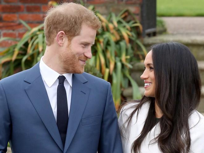 Hành trình trưởng thành của Hoàng tử Harry: Từ tay chơi đầy tai tiếng đến vị hoàng tử được ngàn người yêu mến, vạn cô gái ước ao 18