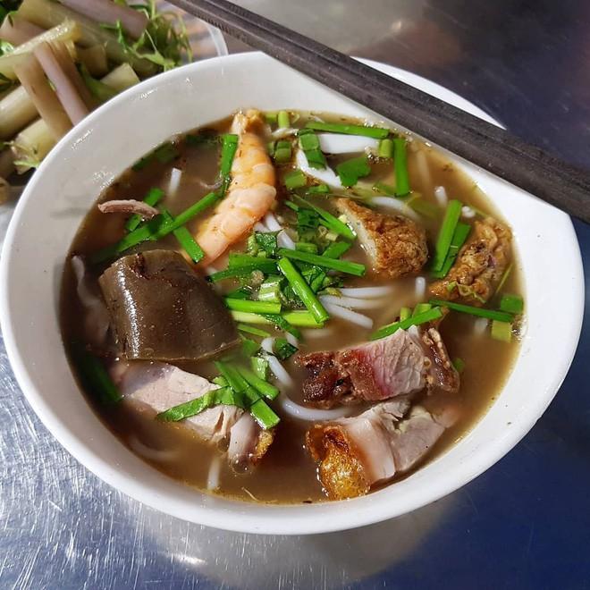 4 món ăn Việt Nam siêu nặng mùi, có món vừa ăn vừa phải bịt mũi mà vẫn được vạn người mê 5