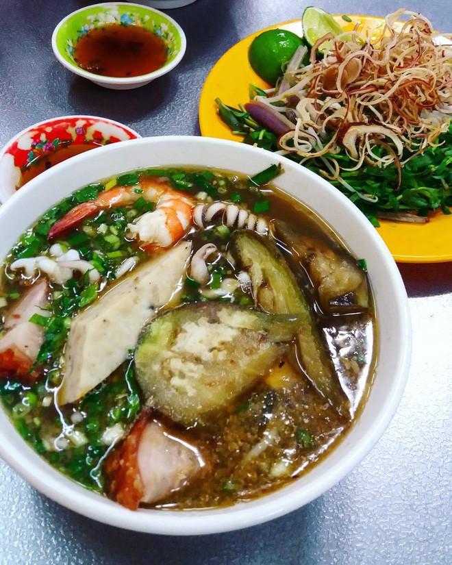 4 món ăn Việt Nam siêu nặng mùi, có món vừa ăn vừa phải bịt mũi mà vẫn được vạn người mê 6