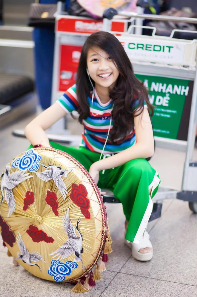 Hình ảnh Mới 13 tuổi mà đã cao 1m72, cô bé Việt Nam giành ngay ngôi vị Hoa hậu Hoàn vũ nhí 2018 số 8