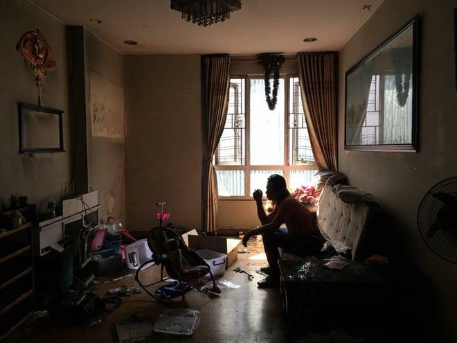 Sau 2 tháng, người dân vẫn mong trở lại chung cư Carina: Nhà mình kia, bao giờ mới được về - Ảnh 1.