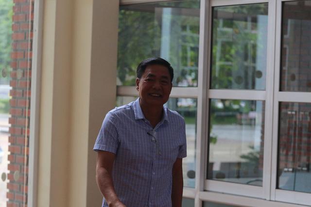 Hình ảnh Ông Trần Mạnh Hùng nói gì sau khi từ chức Phó Chủ tịch VPF? số 1