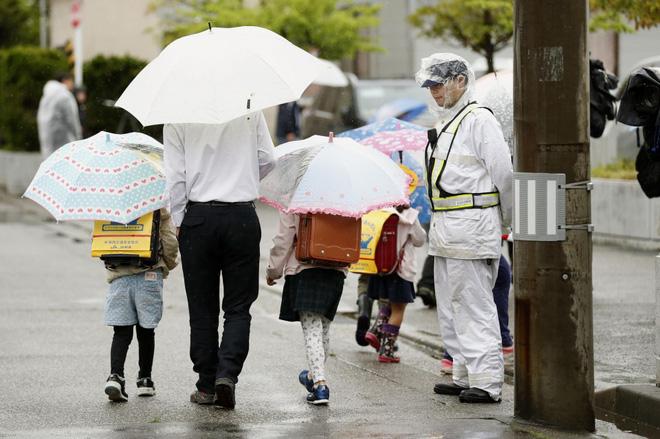 Nhật Bản: Bé gái 7 tuổi bị xe lửa đâm và sự thật về cái chết của em khiến cho người dân vừa run sợ vừa phẫn nộ 6