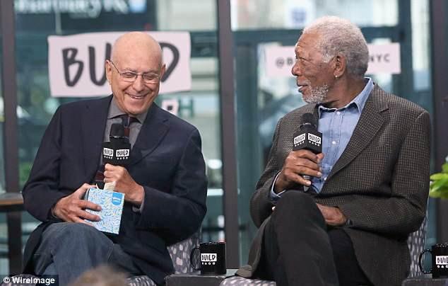 Scandal chấn động Hollywood: Morgan Freeman xin lỗi khi bị 8 người phụ nữ tố quấy rối tình dục 3