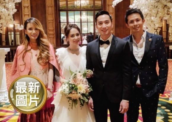 Hình ảnh cô dâu Chung Hân Đồng cười rạng rỡ trong đám cưới cùng hôn phu kém tuổi khiến fan rưng rưng vì xúc động 8