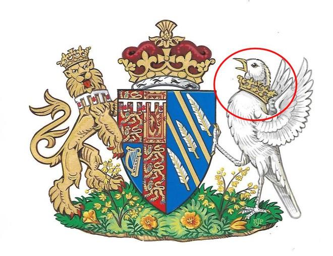 Điểm bất thường trên huy hiệu mới đại diện cho Công nương Meghan khiến nhiều người giật mình 2