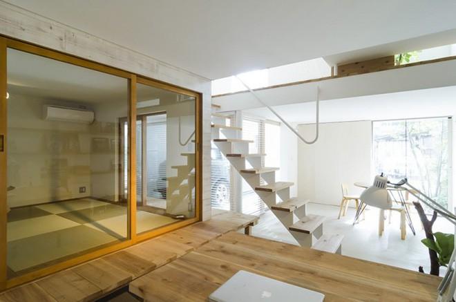 Ngôi nhà phố 43m² đẹp thanh bình với sân vườn xanh mát cây cỏ của gia đình trẻ ở ngay thủ đô Tokyo, Nhật Bản 5