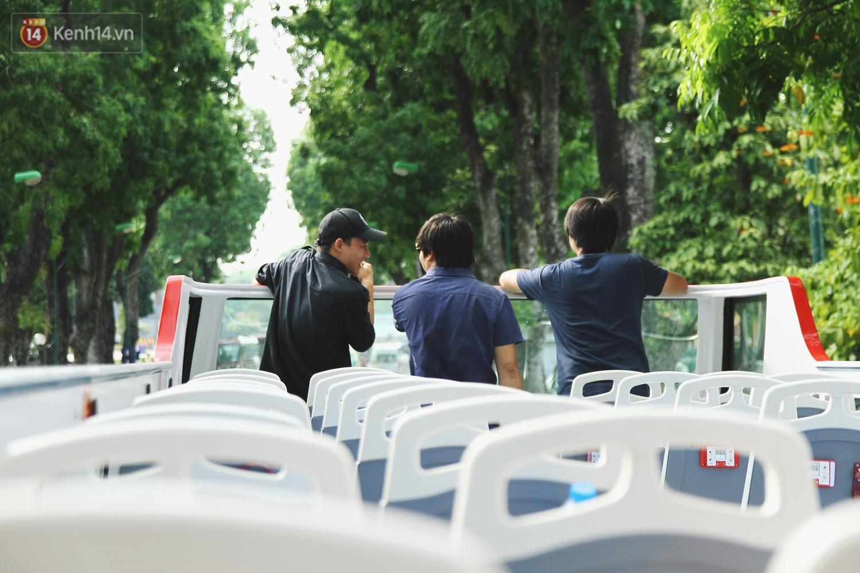 Trải nghiệm xe buýt 2 tầng mui trần ngắm Thủ đô Hà Nội từ trên cao: 300.000 đồng cho một vé liệu có đáng? 14