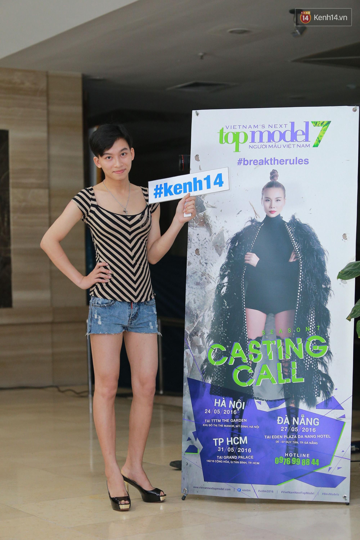 Tại Việt Nam, vòng casting của các TV Show thường kiêm luôn chức năng của lễ hội... mặc dị 8