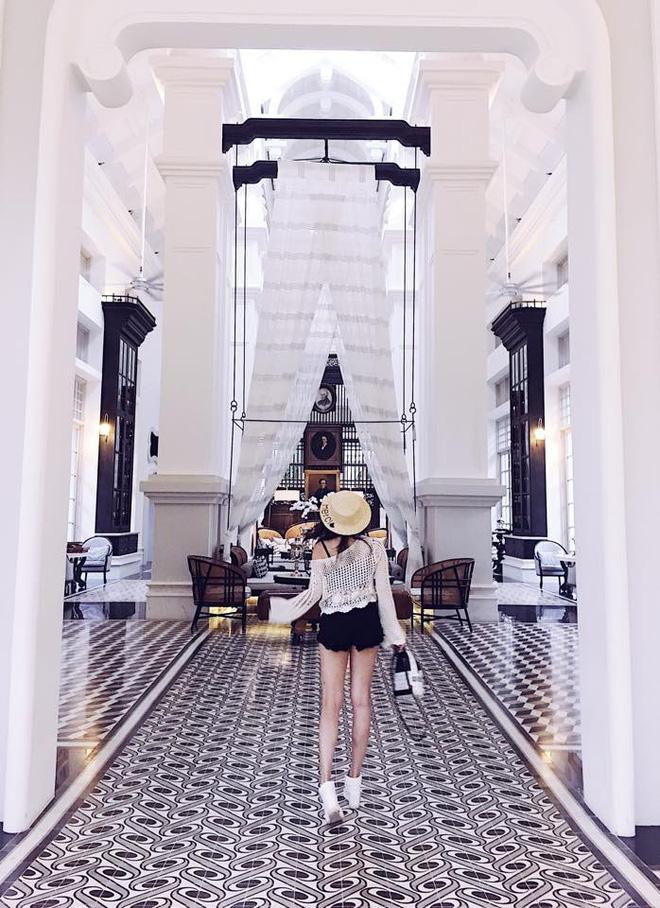 Cuộc sống giàu có, sang chảnh của Thủy Top tại Sài Gòn 11