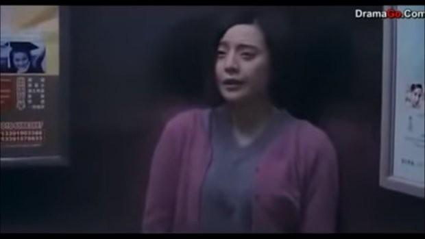 Sự thật đằng sau bức hình Phạm Băng Băng cho con bú gây xôn xao - Ảnh 2.