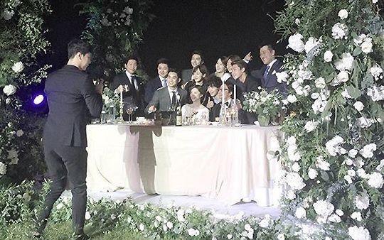 Những đám cưới có dàn khách mời khủng nhất xứ Hàn: Toàn minh tinh, Song Song không đọ được với Jang Dong Gun? 25