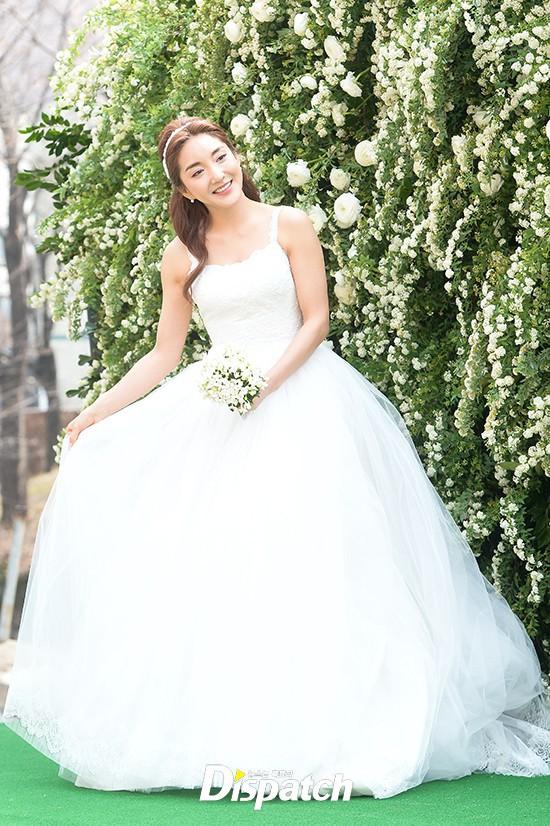 Những đám cưới có dàn khách mời khủng nhất xứ Hàn: Toàn minh tinh, Song Song không đọ được với Jang Dong Gun? - Ảnh 33.