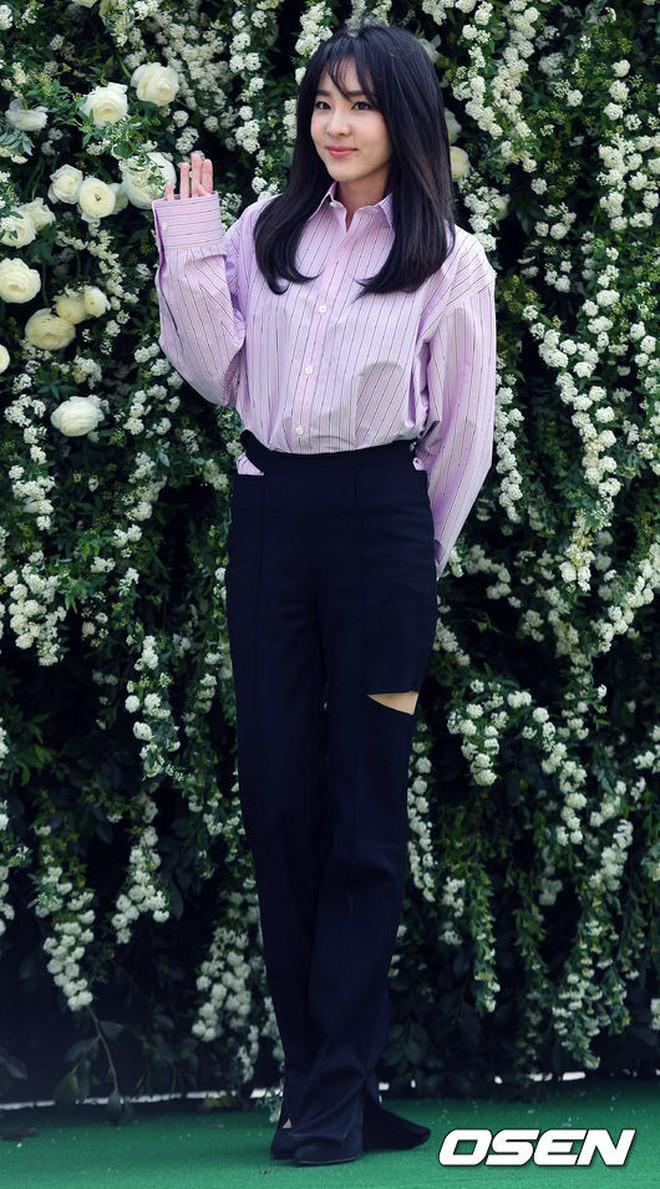 Những đám cưới có dàn khách mời khủng nhất xứ Hàn: Toàn minh tinh, Song Song không đọ được với Jang Dong Gun? - Ảnh 38.