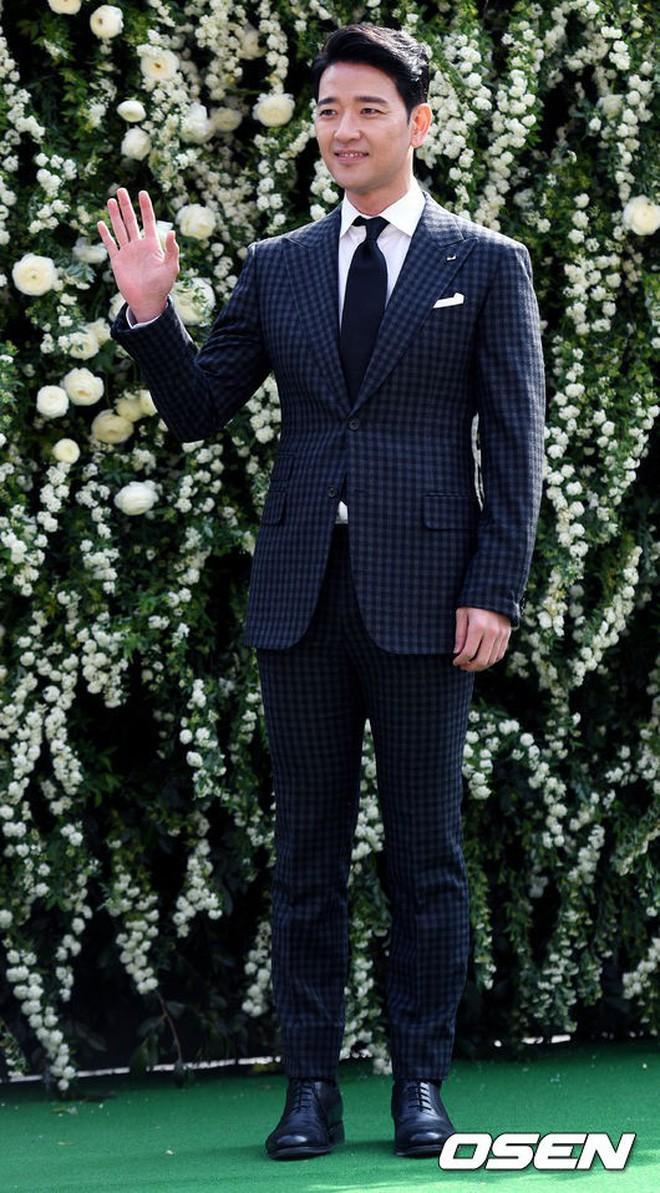 Những đám cưới có dàn khách mời khủng nhất xứ Hàn: Toàn minh tinh, Song Song không đọ được với Jang Dong Gun? - Ảnh 41.
