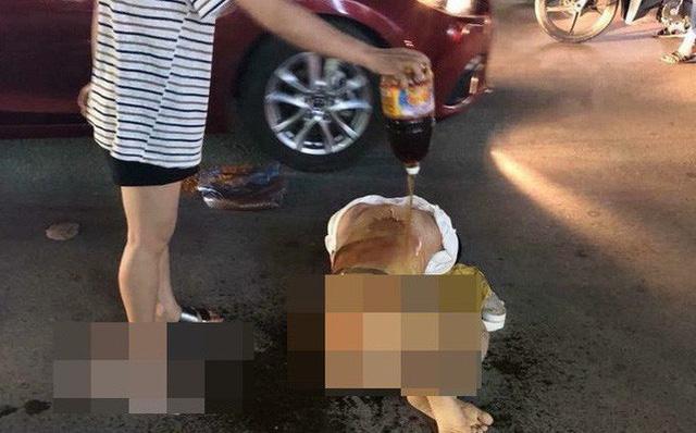Hình ảnh Công an triệu tập nhóm người đánh ghen, lột đồ, đổ nước mắm lên người cô gái giữa phố số 1