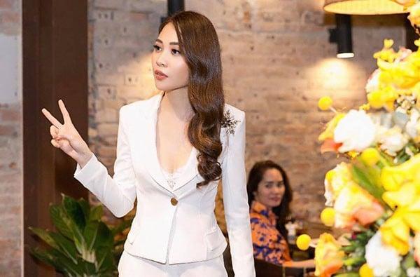 Hình ảnh Cuộc sống sang chảnh của Đàm Thu Trang khi yêu Cường đô la số 10