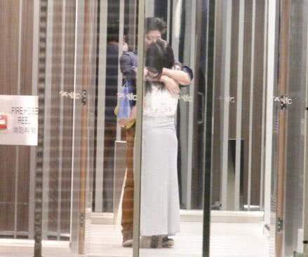 Mỹ nhân hot vì scandal mây mưa trong WC khoe ảnh cưới đẹp như cổ tích với đại gia - Ảnh 4.